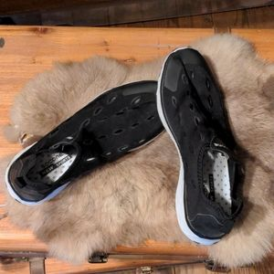 Socone water shoes